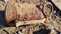 una granada del ano 1945 puso en alerta a una ciudad de rio negro