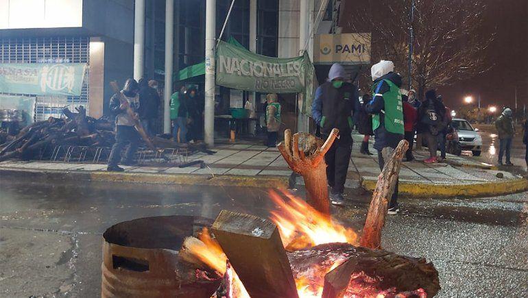 Protestas de ATE en el PAMI: denuncian desvíos de fondos