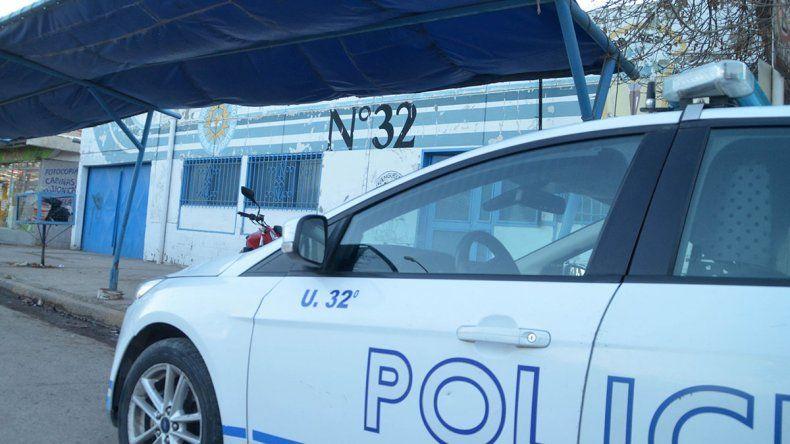A las piñas, taxista puso en fuga a dos delincuentes