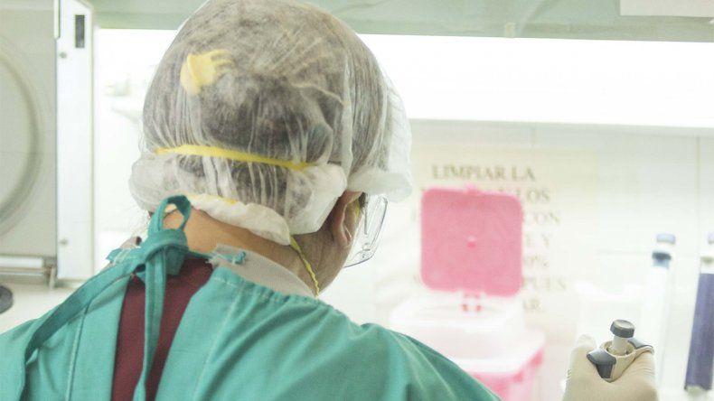 Diagnosticarán positivos de coronavirus sin hacer los hisopados