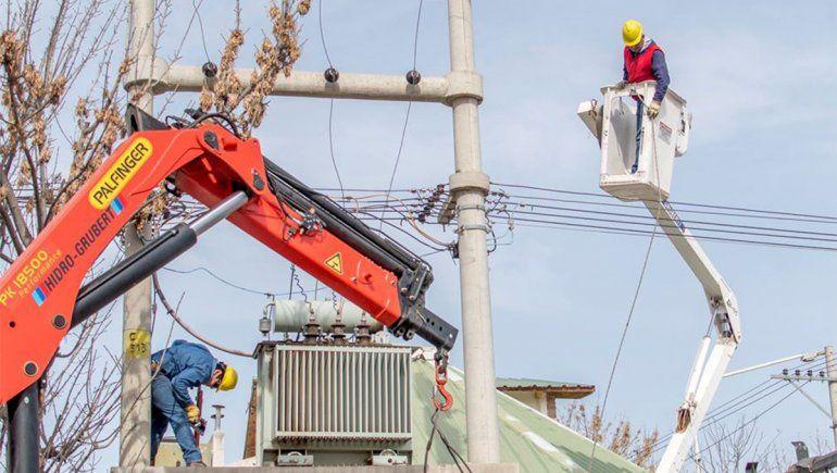 Realizaron relevamiento para regularizar el servicio eléctrico en Puente Santa Mónica