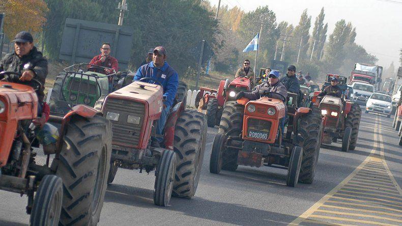 Chacareros suspendieron el tractorazo