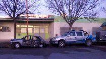 incendiaron un auto frente a la comisaria