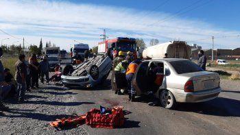 brutal accidente sobre ruta 151 termino con cinco personas heridas