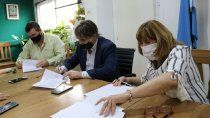 provincia propuso un aumento salarial del 22,5% para docentes