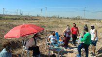 dvn: familias custodian sus terrenos para evitar que sean usurpados