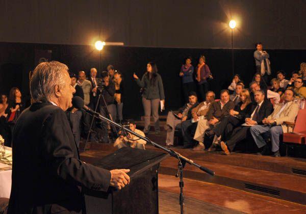 Saiz participó el acto asunción de los nuevos delegados de UPCN