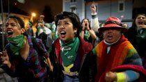 ecuador despenalizo el aborto por violacion