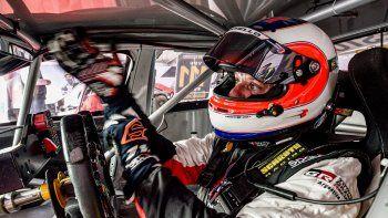Barrichello destacó el nivel del automovilismo argentino y del Súper TC2000