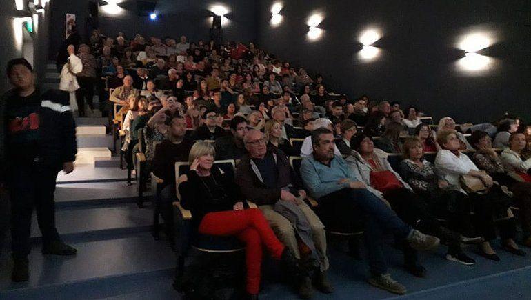 Darán un subsidio de $5 mil para ir al cine y al teatro