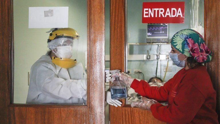 Cinco muertos y 335 nuevos pacientes contagiados en Río Negro