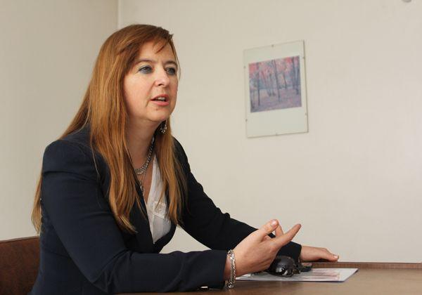 Odarda mostró su preocupación por servicios deficientes en Las Perlas