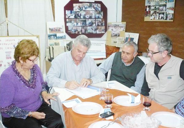Firmaron convenio el Municipio y la Asociación Chilena