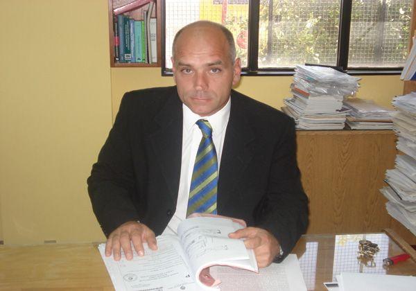 Reussi procesó al ex ministro Contreras