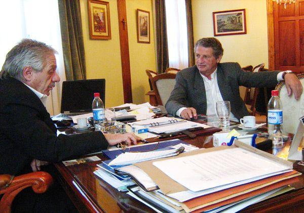 El gobernador Saiz recibió al ex mandatario Horacio Massaccesi