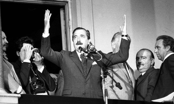 10 de Diciembre 1983: Retorno a la Democracia