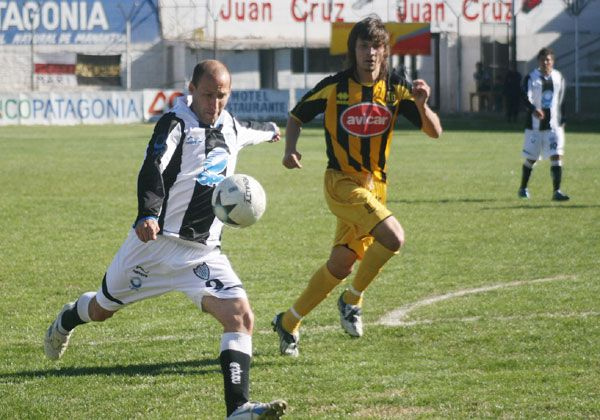 Padua, descartado para  jugar en Bahía Blanca
