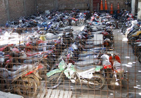 Cipolletti avanza en proyecto de desguace de motos y autos