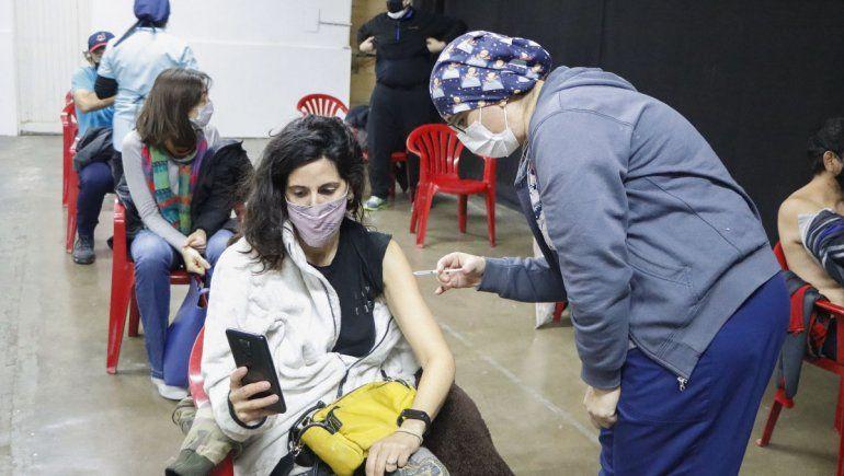 Vacunaron a 6 mil cipoleños contra el COVID el fin de semana largo
