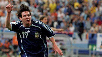 El día que Messi le dio una nota a Tití Fernández por una gaseosa