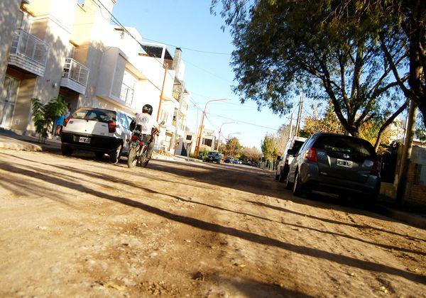 Preparan resolución para lanzar el plan de asfaltado de 101 cuadras