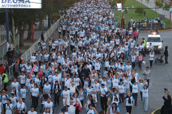 Una multitud desbordó las calles en La Corrida