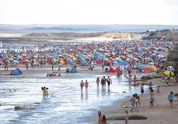 Ir de vacaciones a Las Grutas es un 30% más caro que la temporada pasada