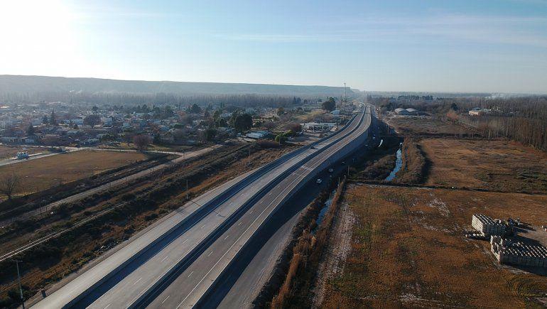 El martes abren al tránsito cuatro nuevos puentes de la autopista Ruta Nacional 22
