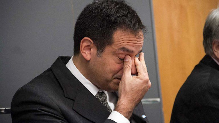 Suspenden el juicio al ginecólogo porque está en Buenos Aires