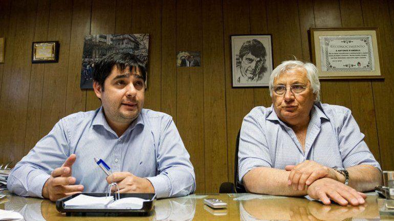 Juan Pablo Beacon (izquierda) junto a Antonio D Angelo (derecha).