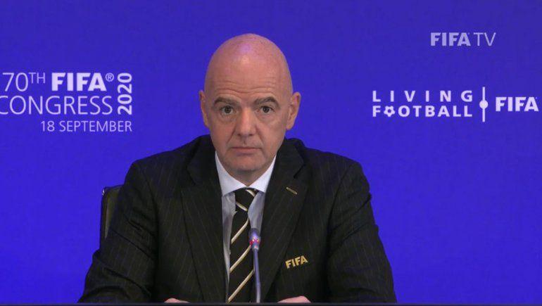La FIFA le pide a todo el mundo campeonatos con menos partidos