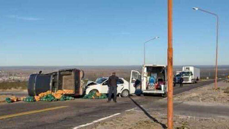 Brutal accidente sobre la Ruta 151 dejó tres heridos