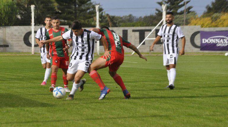 Pettineroli fue reemplazado a los 15 del complemento con amarilla. Foto: prensa Deportivo Otamendi.