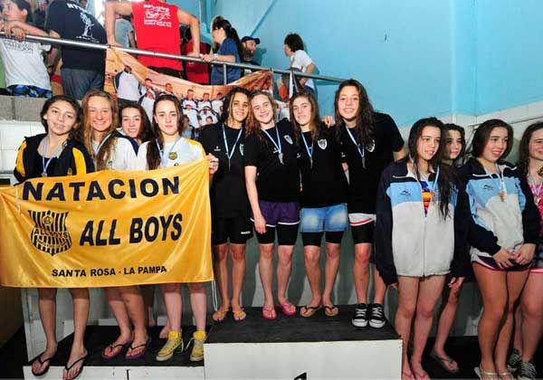 Cipolletti hizo podio en el patagónico de natación