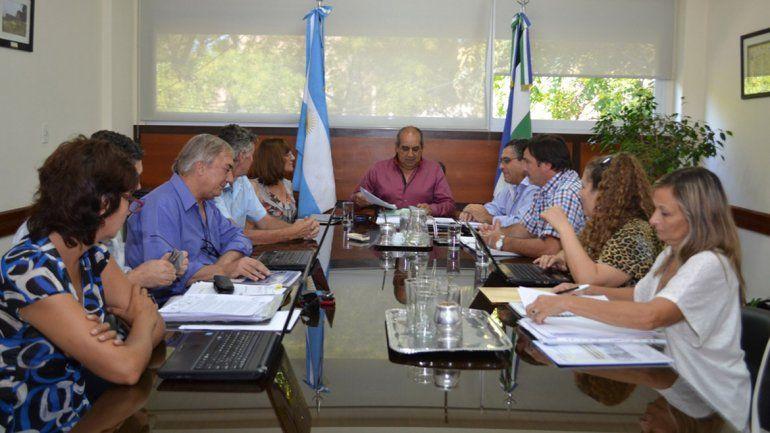 Mesa salarial con los docentes.