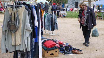 Los vendedores de la feria del Don Bosco esperan seguir trabajando sin inconvenientes ojalá en forma indefinida.