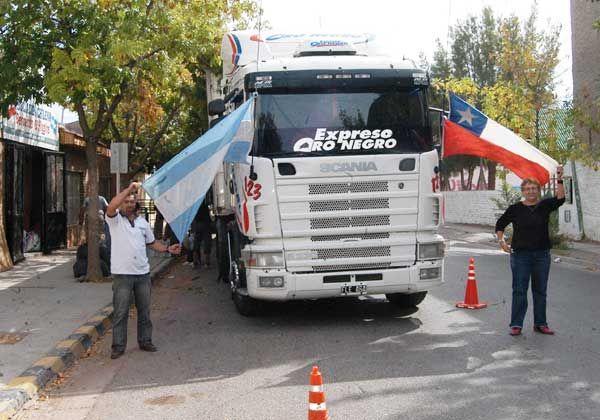 Partieron con donaciones rumbo a Chile