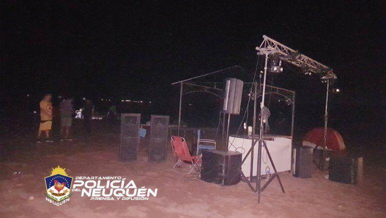 Impidieron una fiesta clandestina en el lago Los Barreales