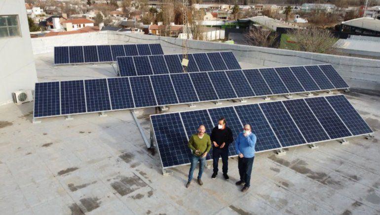 Medio centenar de familias y empresas rionegrinas ya generan su propia energía