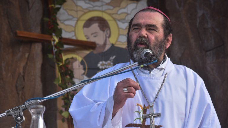 El Papa aceptó la renuncia del obispo que defendía al padre Grassi