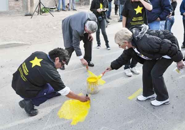 Pintaron una nueva estrella amarilla en la ciudad