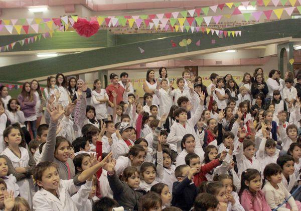 La Escuela 53 festejó su cumpleaños 91
