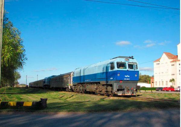 Quiroga quiere promover el tren Neuquén-Cipolletti