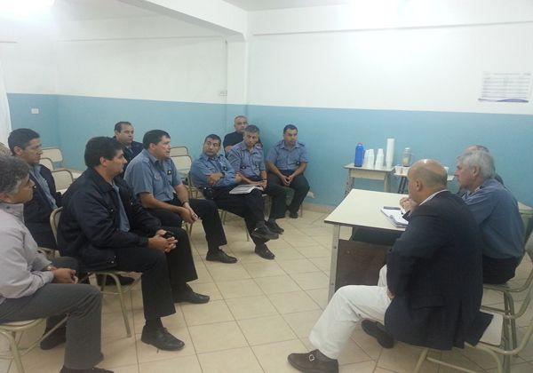 Jefes policiales se hicieron presentes en Cipolletti