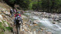 joven turista salio de trekking y murio al caer por un barranco