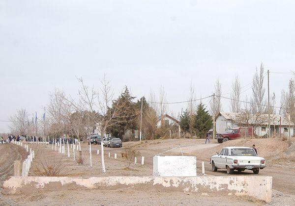 No da abasto el camión cisterna enviado por la comuna a Las Perlas