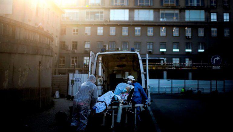 Coronavirus: en el país se registraron 383 muertes en un día