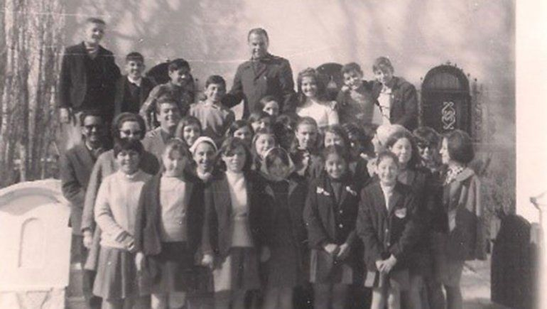Escuela Parroquial con don Jaime de Nevares.