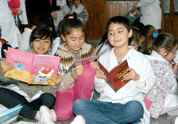Difunden la práctica de la lectura en la Escuela 131