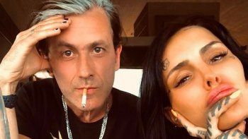 Amor a pleno: Cande Tinelli a los besos con Coti Sorokin